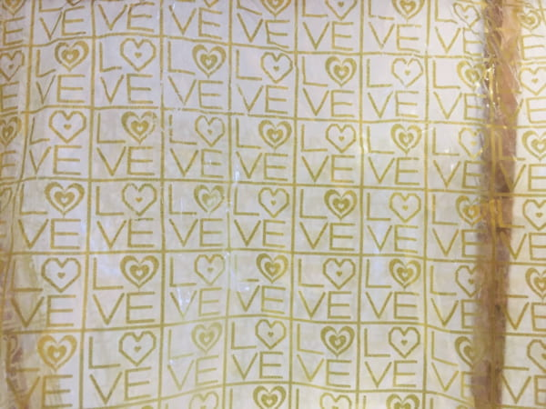 高級食パン専門店「恋が愛に変わるとき」の2斤袋