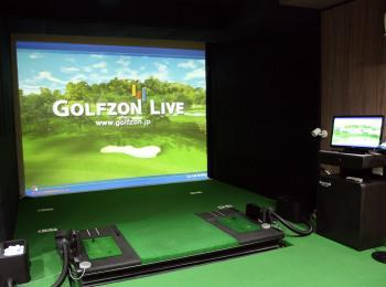 【北海道】cafe&bar 麦わら帽子 | 旭川に初のシミュレーションゴルフ施設がオープン!