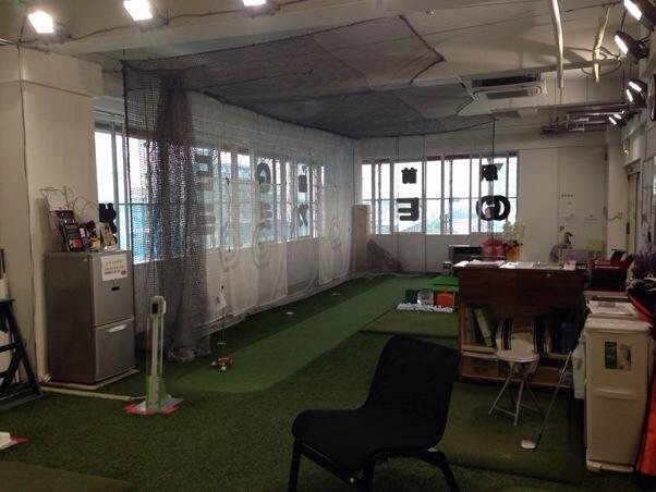 【埼玉県】駅前ゴルフアカデミー三郷 | 石川遼選手の「裏師匠」によるゴルフスクールにGOLFZONも導入!