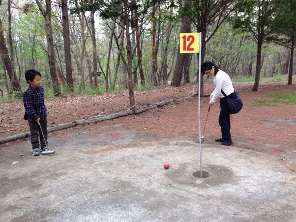 ゴルフを家族共通の趣味に!マレットゴルフで妻と息子とゴルフ体験 in 上田市民の森公園