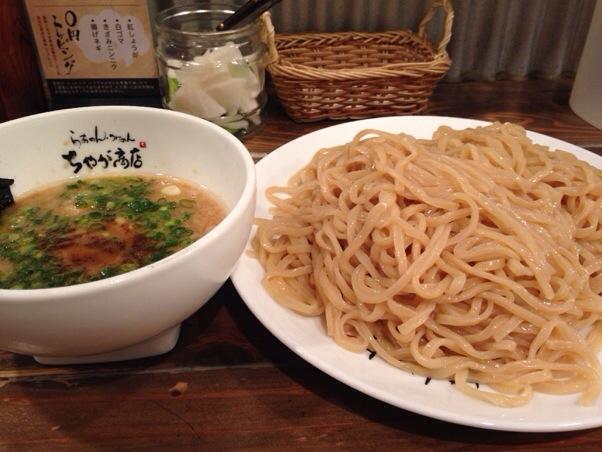 ちゃが商店 大分店 | 宮崎発祥のラーメン屋、とんこつラーメン以外の麺を大分で食べたいときにピッタリ!浅漬けも絶品!