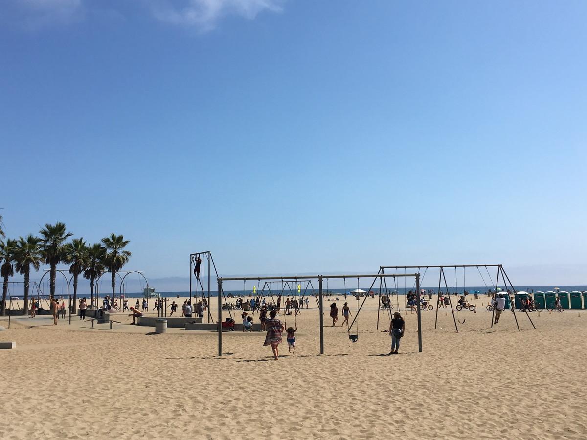 若者の海離れを防ぐには? カリフォルニアで発見した、日本とアメリカのビーチの違い