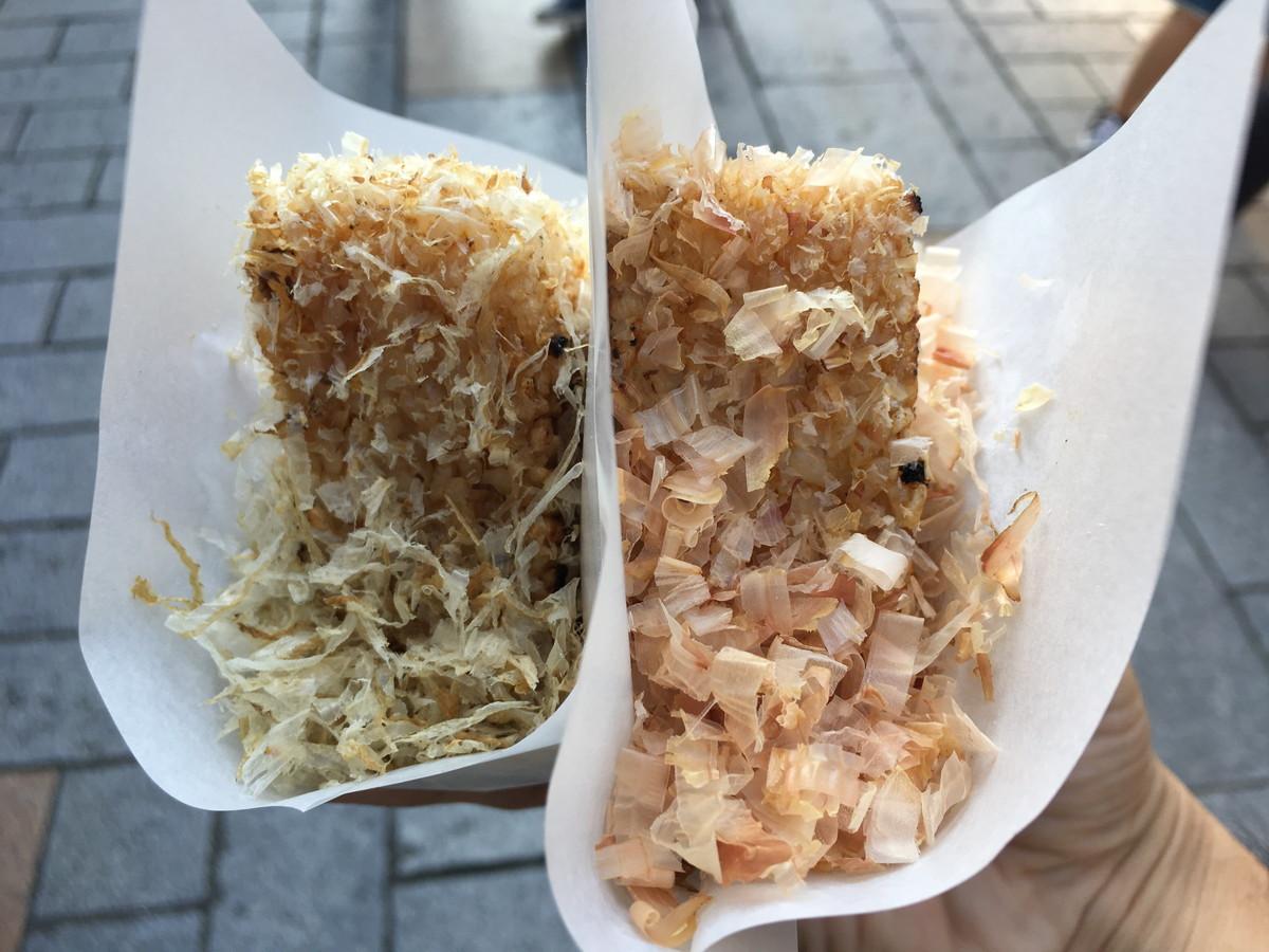 ねこまんま焼きおにぎり|川越「行列No.1グルメ」を中市本店で実食。待ち時間・売り切れ時間目安・鰹節が香るおにぎりを紹介!
