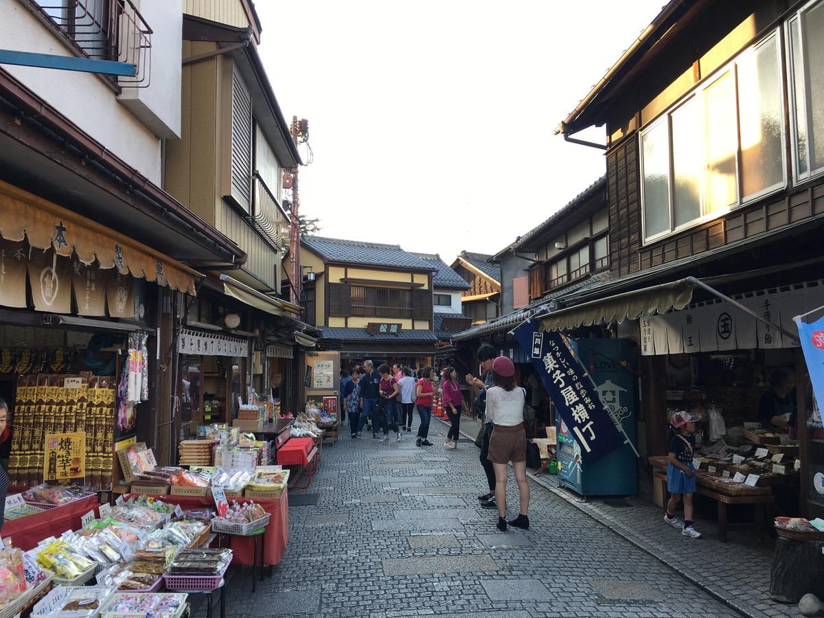 小江戸川越&お菓子横丁へ散策。車で満喫するために役立つ4つの情報と3つの外せないグルメ