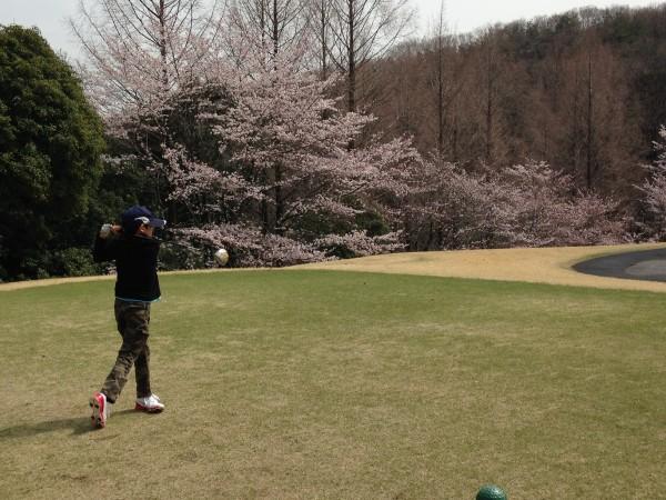 北武蔵カントリークラブ、3900円のランチバイキング付プランでラウンド!ゴルフデビューやジュニアも楽しめるゴルフ場でした!