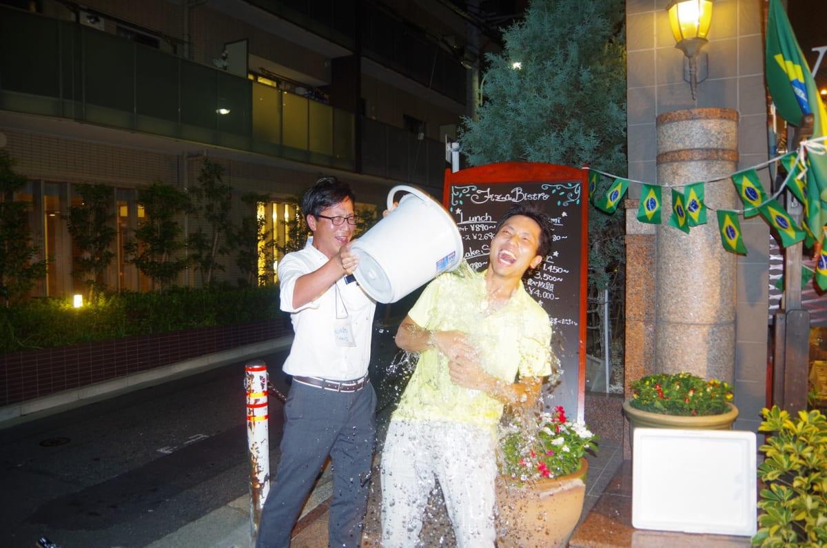 ALSアイスバケツチャレンジ、勝間和代さんのチャレンジに一緒に参加!ゴルフ場に応用できるアイデアが閃いた!