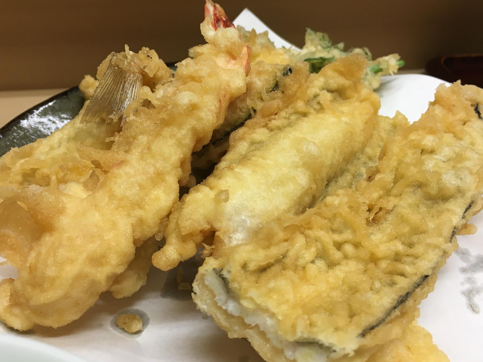 いもや | 神保町で650円の天ぷら定食、健康への気遣いがたくさん詰まった幸せランチでした!
