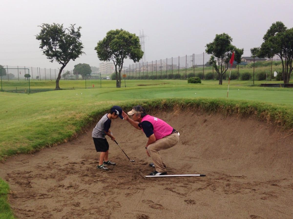 東急ゴルフパークたまがわ | 夏休みジュニア向けゴルフチャレンジDAYに参加!ショートコース貸切で習って500円で充実♪
