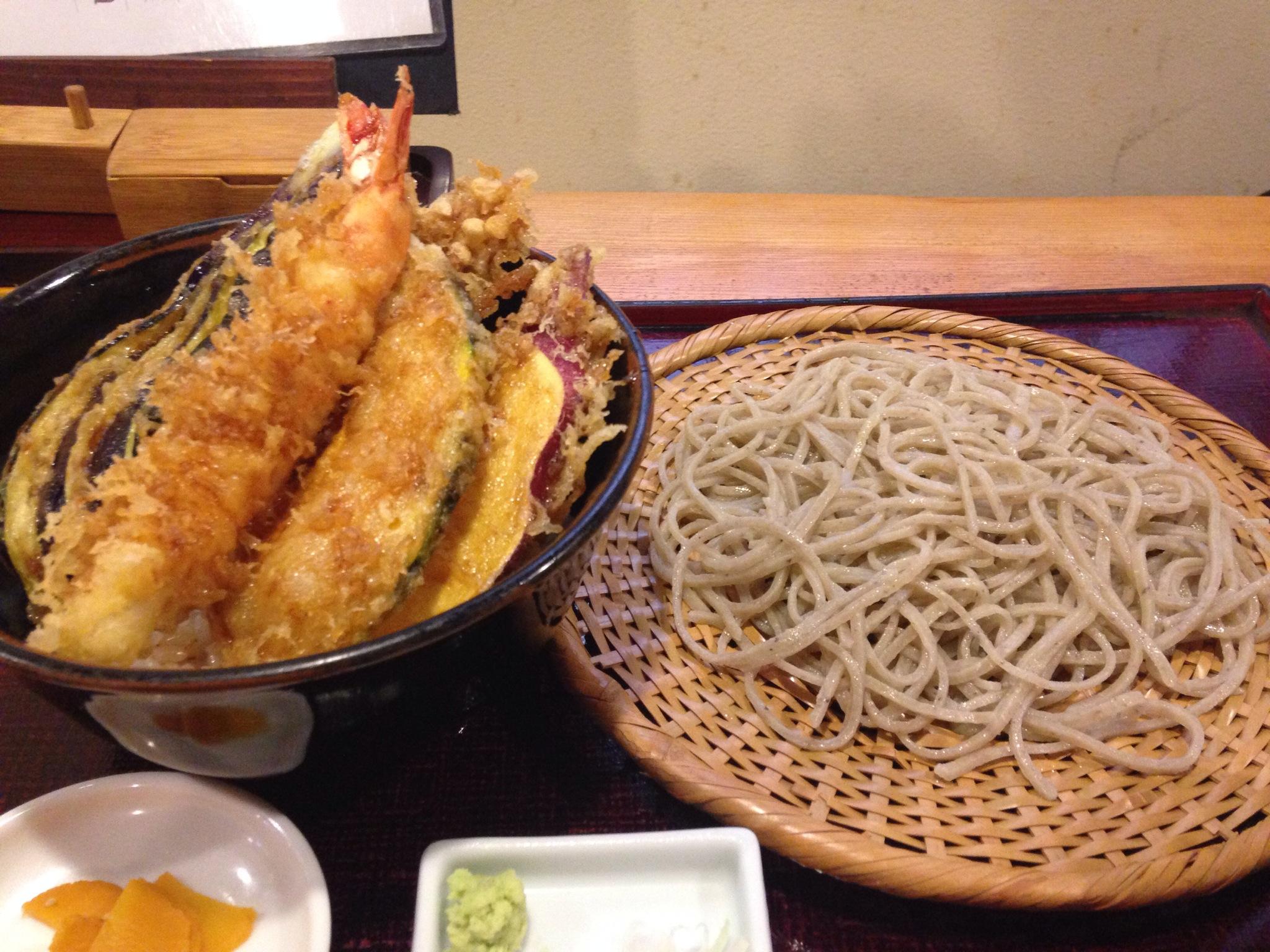三鷹No.1のそば屋「きびや」で、粗びきそばの天丼セットを食す! 喉ごしよりも噛みごたえを楽しめる蕎麦でした!