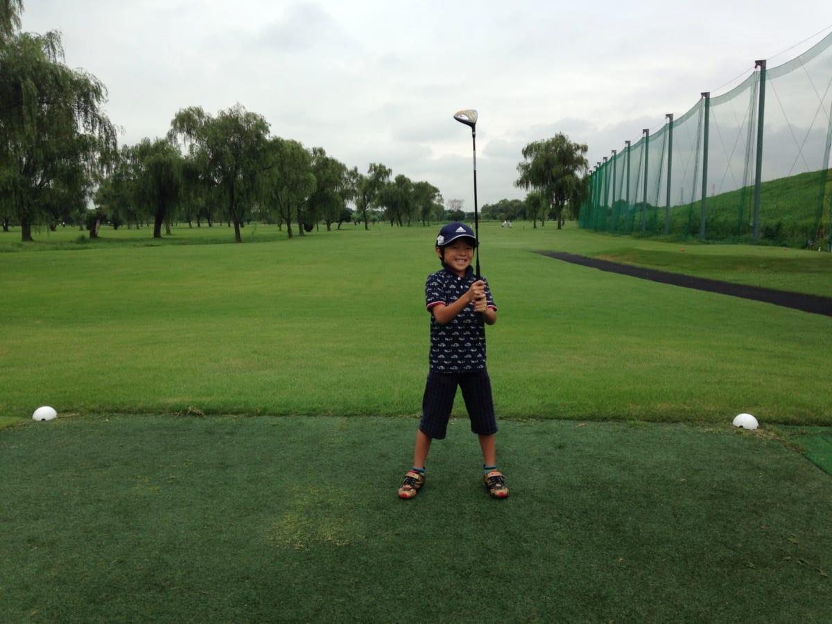 朝霞パブリックゴルフ場 親子プランでラウンド|8歳の息子が本コースでラウンドデビューしてきました