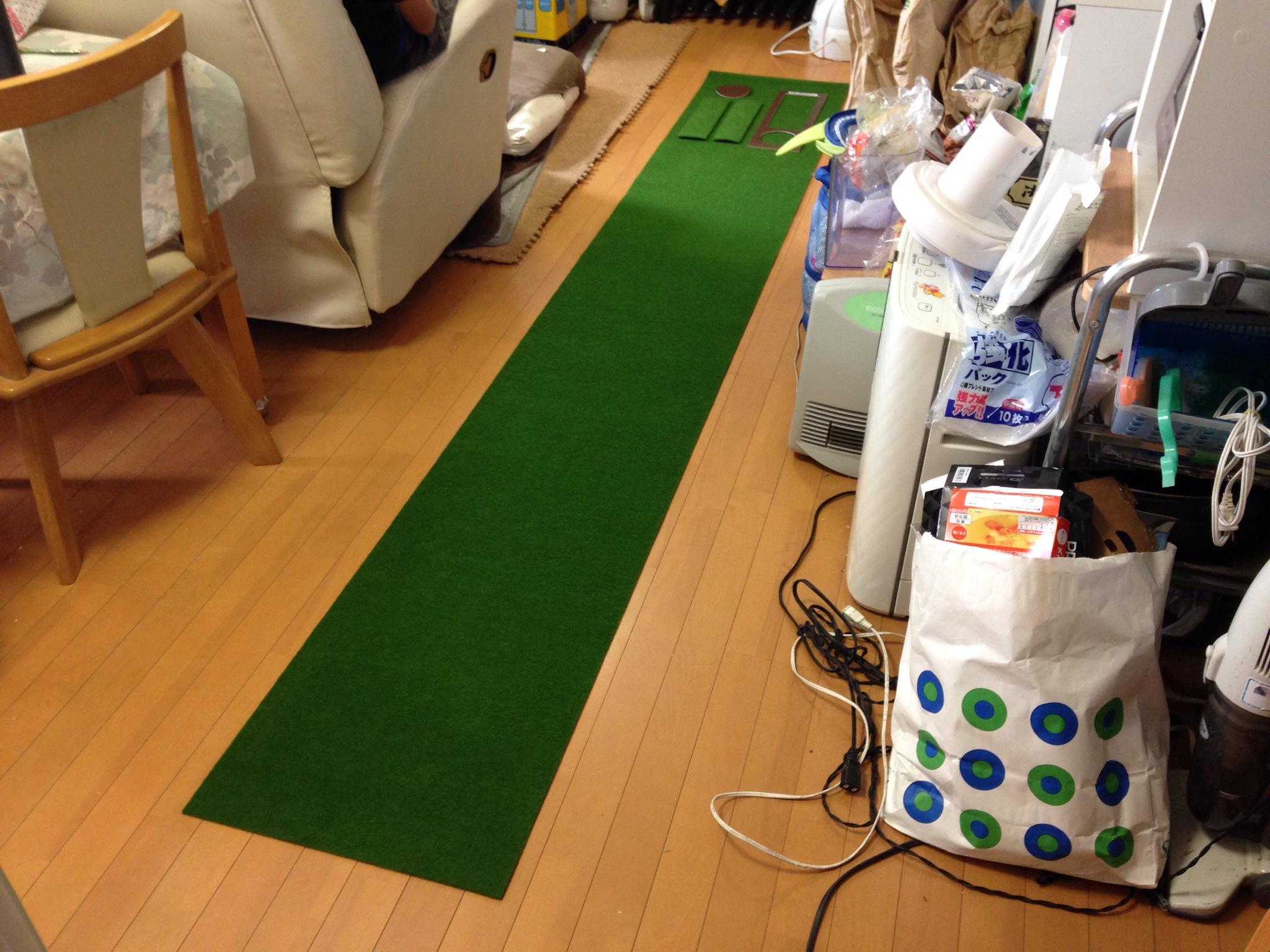 スーパーベントパターマット-自宅に3mパターマットを導入、本芝みたいグリーンがとにかく練習になる!