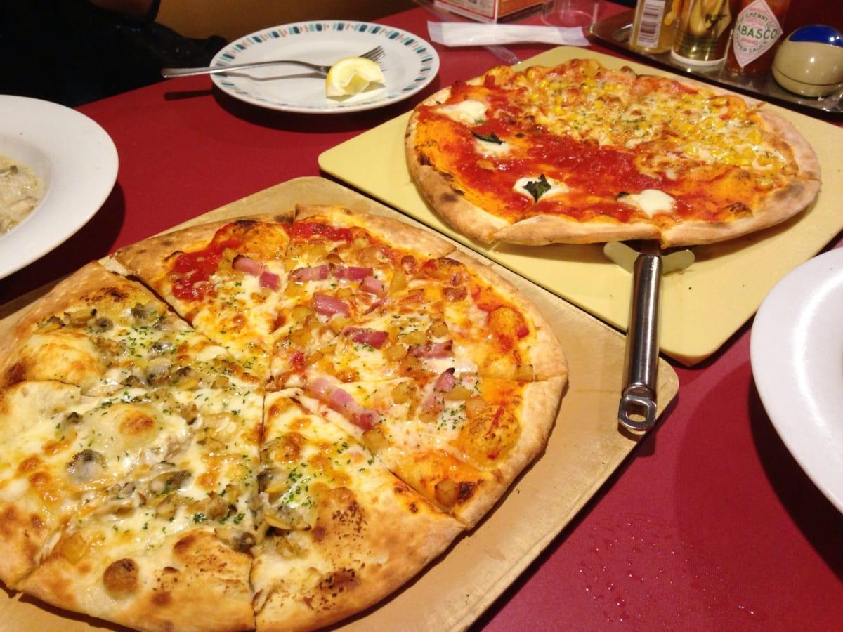 グラッチェ ピザ食べ放題│馬車道と比べるとガッツリ男子向け、熱々のホールを何枚食べても1,199円なので5枚平らげました