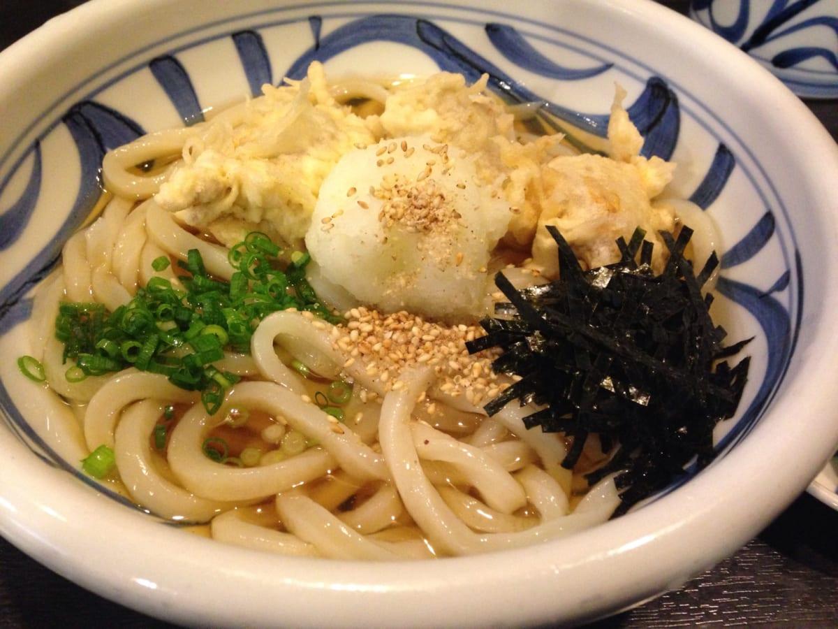 手打うどん すみた@赤羽 | 東京で「一番美味しい」と噂の讃岐うどん。おでんとかしわ天がとにかく美味でした~!