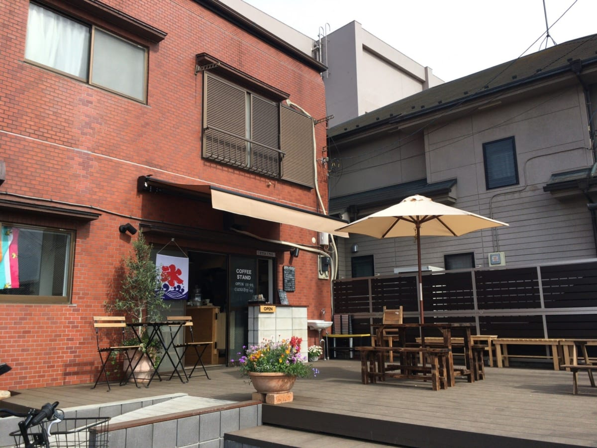 つつじテラス (22jTERRACE)|東久留米・黒目川沿い「駄菓子屋・カフェ・雑貨屋」のお店が誕生、オープンテラスが気持ちいい!