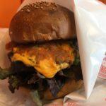 ココチバーガーズ | 西新宿にオープンした上州牛100%のハンバーガー屋さんは、色とりどりと女性目線がたくさんなお店!