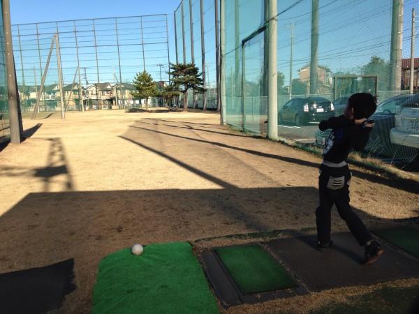 新座ゴルフクラブで1年の打ち納め。1人ゴルフと短時間のラウンド練習にオススメなショートコース