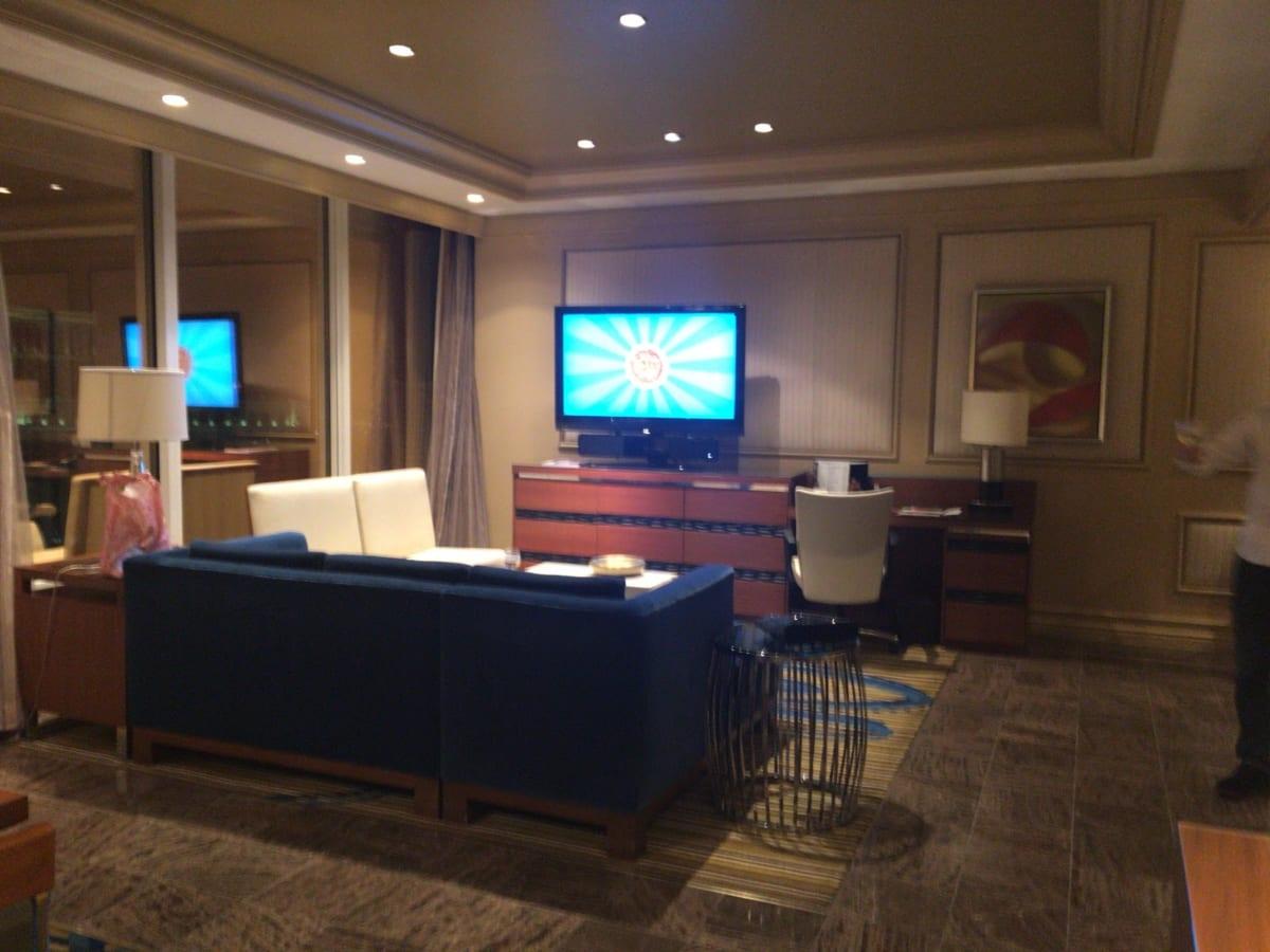 【口コミ】ミラージュ リゾート&カジノ│ラスベガスのホテル、スイートルームとツインルームの両方を比較体験しました