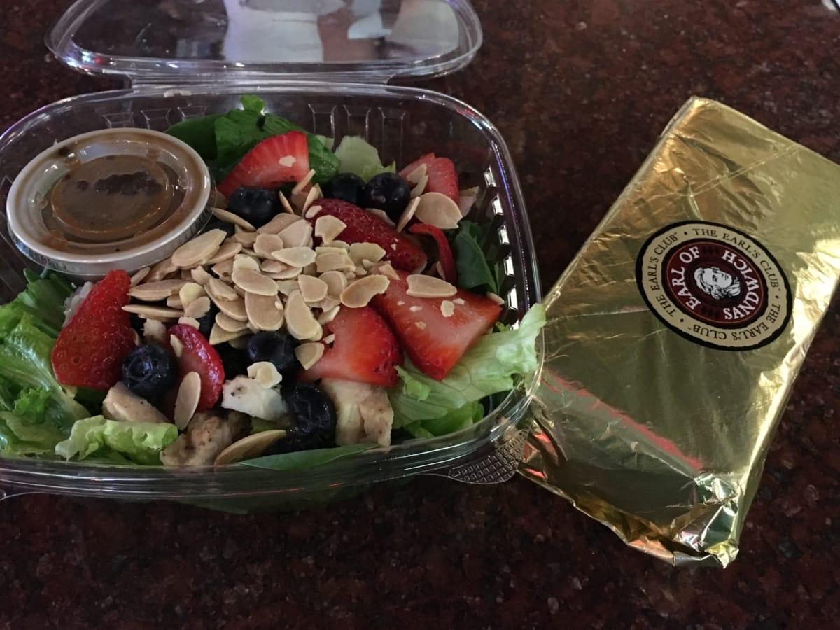 アールオブサンドウィッチ | サンドウィッチ伯爵の味をラスベガスで食す。ブルーベリーとレタスのサラダが予想を超えた美味さ!