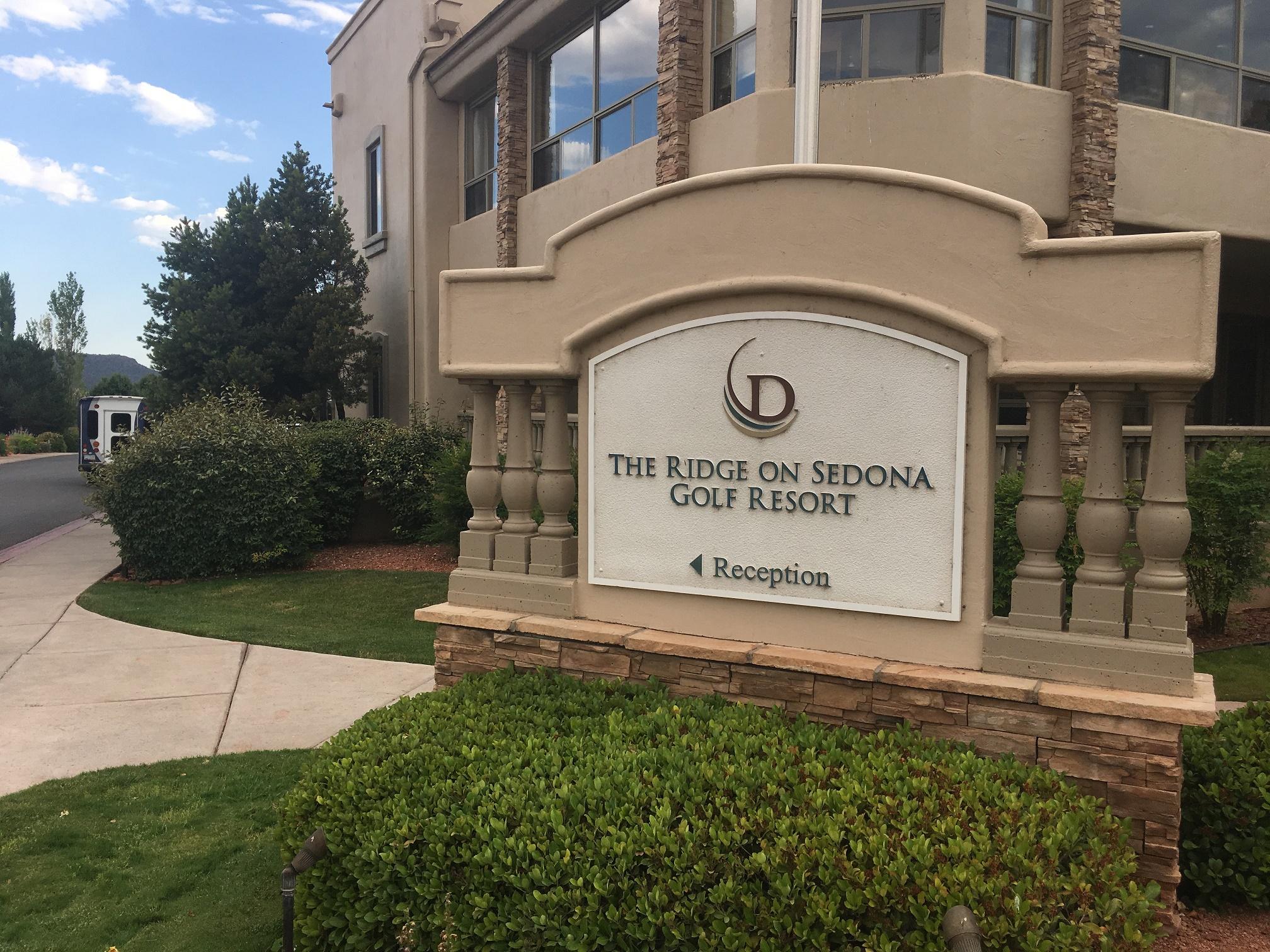 The Ridge On Sedona Golf Resort | セドナのゴルフ場に併設のホテルは、ハンパない流れ星に願いを託したい場所