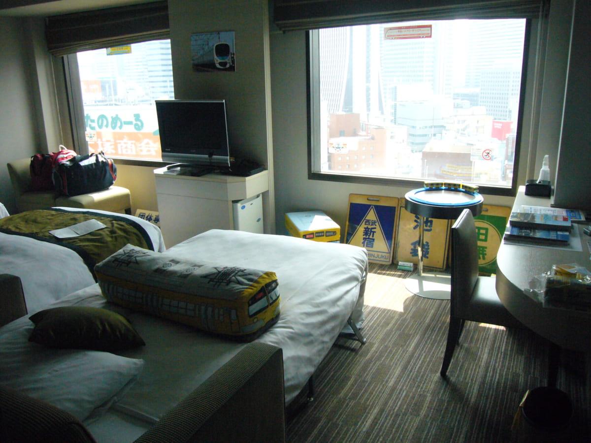 西武鉄道×新宿プリンスホテル 1日駅長体験&トレインルームに宿泊してみた 西武鉄道だらけのお部屋編
