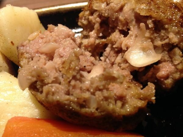Beef泰元 | 博多キャナルシティの絶品すぎるハンバーグ、泰元牛が口の中でトロける!このコスパはありえない一品!