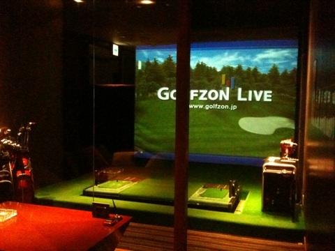 【愛知県】GOLUXE (ゴルックス)、名古屋栄、SKE48オフィシャルショップの隣にあるゴルフバーがリニューアルオープン!