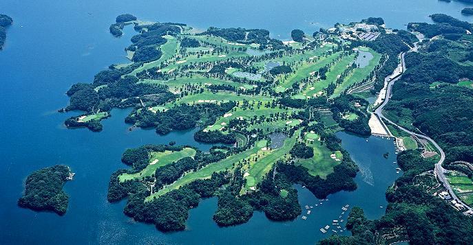 パサージュ琴海アイランド、ゴルフ場のグランプリで「池・海が美しいコース」1位、海越えの3番はやっぱり楽しかった♪