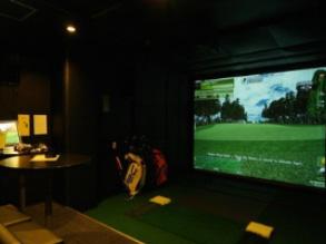 【兵庫県】SPORTS & GOLF BAR Viva、神戸三宮のスポーツバーにシミュレーションゴルフGOLFZONを増設!
