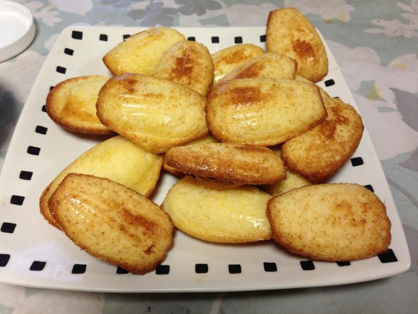 グレーテルのかまど、フランスのコメルシー娘のマドレーヌを実際に作ってみた!