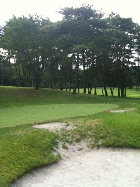 2012夏 ゴルフ合宿  2日目  「バンカー編」、人生初のバンカー練習でトコトン基本から学んだ!